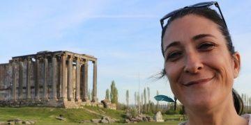 Arkeologlar Aizanoide agorayı kazmak için kamulaştırmayı bekliyor