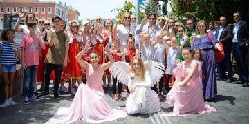 Demre Turizm Festivalinde Türkler ve Ruslar birlikte coştu