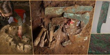 Peruda içinde testere, balta, bıçak ve keski bulunan mezar keşfedildi