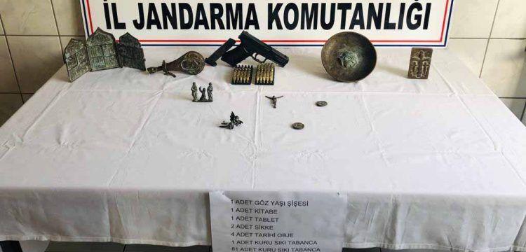 Karabük'ten Konya'ya götürülen tarihi eserler yolda yakalandı