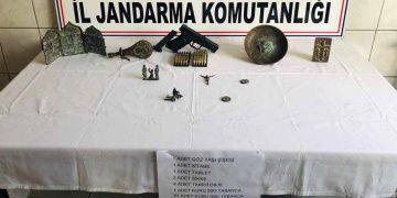Karabükten Konyaya götürülen tarihi eserler yolda yakalandı