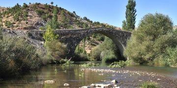 Altınlı Köprünün Restorasyonu Bitti ve Sular Altında Kalacak