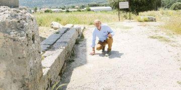 Xsanthosun mozaiklerini turistler parça parça götürüyorlar