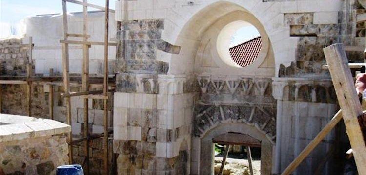 Restoratör Nazım Can Cihan tarihi Taç Kapının yok oluşunu yorumladı