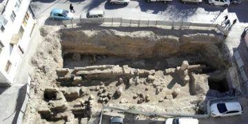 Tarsustaki Roma Yolu kapatılarak korumaya alındı