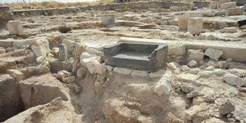 Taştan oyulma taht bulunan Karkamışda 2109 arkeoloji kazıları başladı