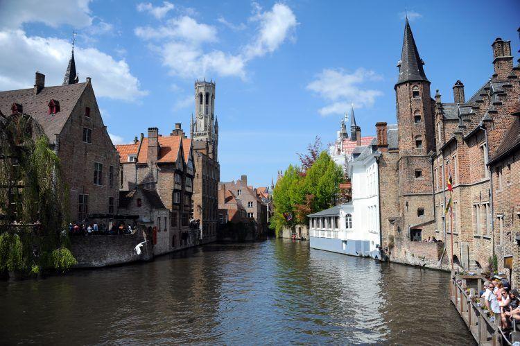 Turistlerin çokluğundan rahatsız olan kent: Bruges