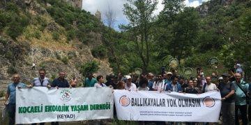 STKlar Ballıkayalar Tabiat Parkından geçirilecek otoyolu protesto etti