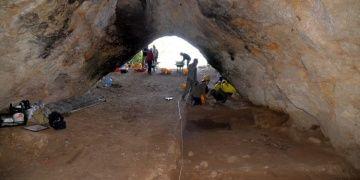 Bilecikin İnhisar ilçesinde Paleolitik izler bulunan mağarada kazı başladı