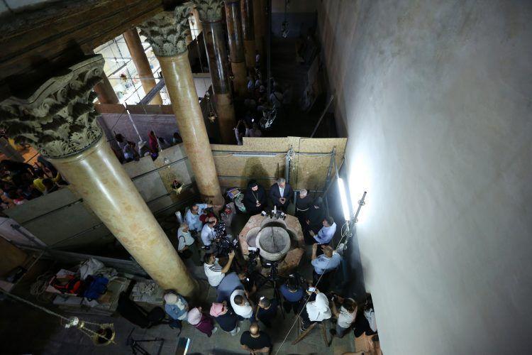 Beytüllahim'deki Nativity Kilisesi'nde 1500 yıllık vaftiz taşı bulundu