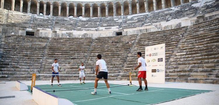 Turkish Airlines Antalya Open Tenis Turnuvası Aspendos Antik Tiyatro'da başladı