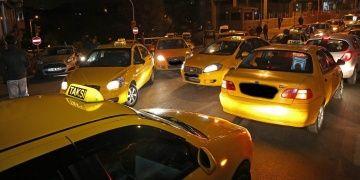 Turistleri dolandıran 23 taksici yakalandı, 2 taksici firarda!