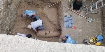 Tarsusun Eski Otogarında bulunan Torpido mezar sayısı 6 oldu