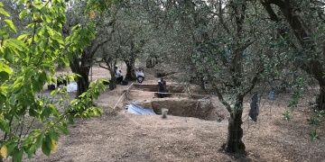 İznik Hisarderede bu kez lahitsiz geç Roma dönemi mezarı bulundu