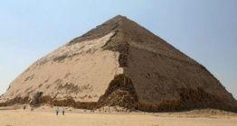 Mısır, Bent Piramidinin kapılarını ziyaretçilere açtı