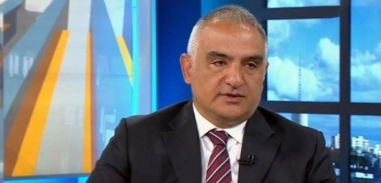 Bakan Ersoy: Kovid-19 nedeniyle turizmde daralma yaşandı