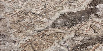 Antakya Hipodromundaki kazılarda mozaik parçaları bulundu