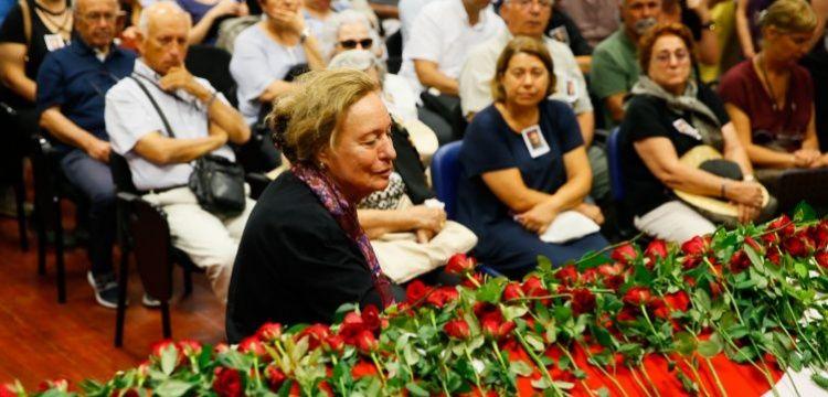 Prof. Dr. Hayat Erkanal son yolculuğuna gözyaşları ile uğurlandı