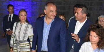 Bakan Ersoy: Bayram tatilinin kaç gün olacağı turizmi etkilemez