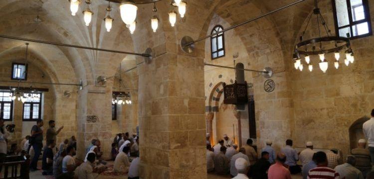 Şanlıurfa'da tarihi Bazal Camii restore edilerek ibadete açıldı