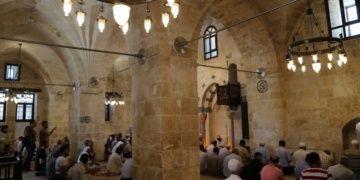 Şanlıurfada tarihi Bazal Camii restore edilerek ibadete açıldı