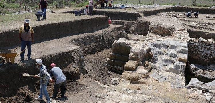 Sirkeli Höyüğü'de arkeoloji kazıları sel hasarının tespitiyle başladı