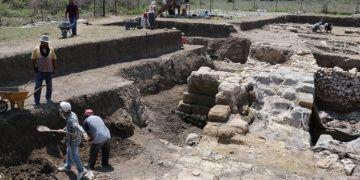 Sirkeli Höyüğüde arkeoloji kazıları sel hasarının tespitiyle başladı