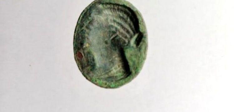 Patara'ya adı verilen Mısır Kraliçesinin resmi olan yüzük mühür bulundu