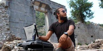 Arkeolog Sinan Sertel cinayetinin ilk duruşması gözyaşıyla başladı