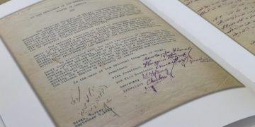Atatürkün Latin harfleriyle attığı ilk resmi imza yayınlandı