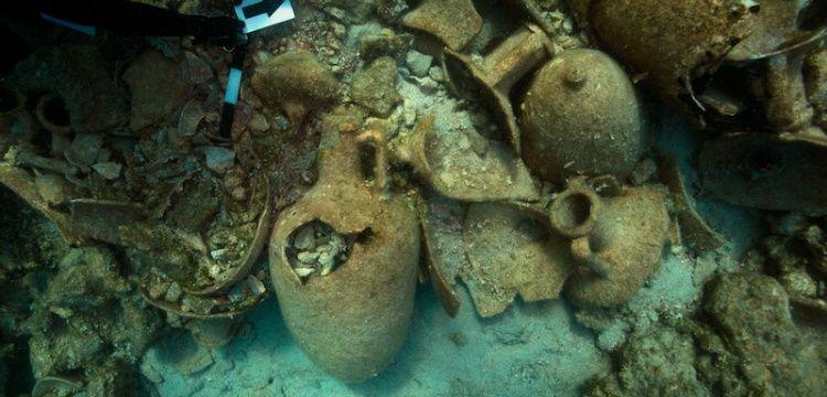 Yunanistan'nın Koçbaba adası açıklarında 2 bin yıllık batıklar keşfedildi