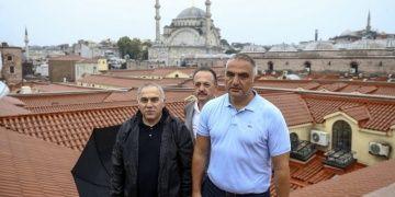 Bakan Ersoy, geçen yıl restore edilen Kapalıçarşının nasıl su aldığını açıkladı