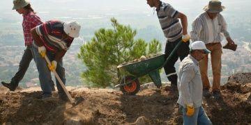 Kibyra Antik Kenti arkeoloji kazıları 3 farklı alanda sürüyor