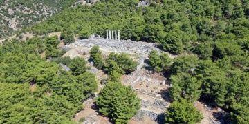 Priene Antik Kentinde arkeologlar Zeus Tapınağı bulmayı umuyor