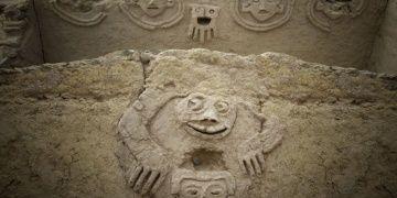 Peruda Caral Kültürüne ait duvar resmi bulundu
