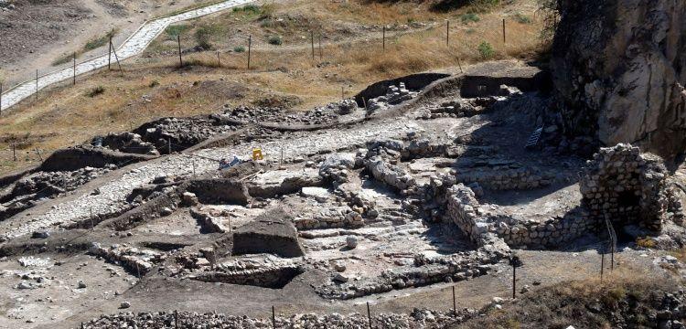 Amasyada 700 yıllık cami kalıntısı ve sokak bulundu