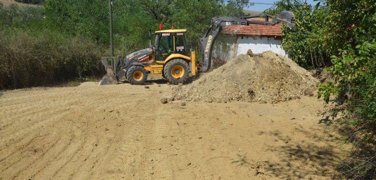 Malkara'da gömülü altın söylentisi izinli define kazısı başlattı
