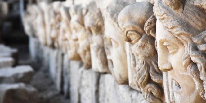 Muğlada 2 bin 200 yıllık mitolojik masklar gün yüzüne çıkarıldı