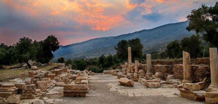 Nysa antik kenti arkeoloji kazılarını Türkiye İş Bankası destekleyecek