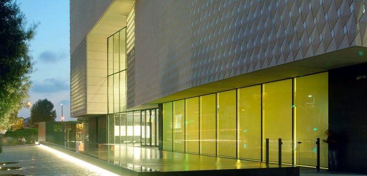 2020'ye kadar ücretsiz gezilebilecek Arter'in yeni binası açıldı