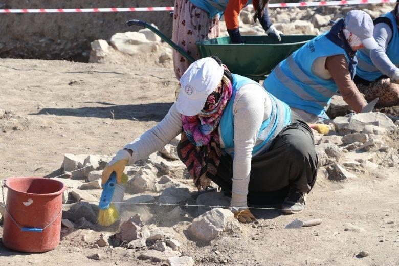 Seyitömer kurtarma kazıları tekrar başladı