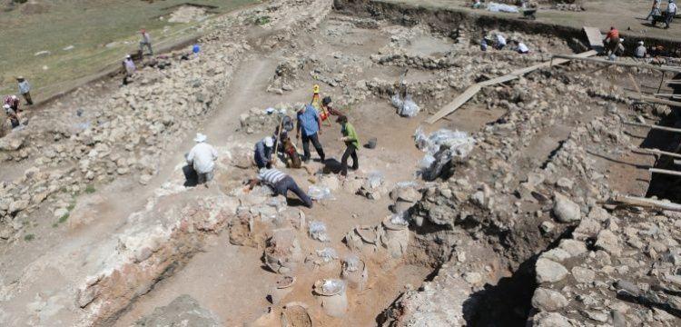 Doç. Dr. Andreas Schachner Hattuşa'daki kazıları hakkında bilgi verdi
