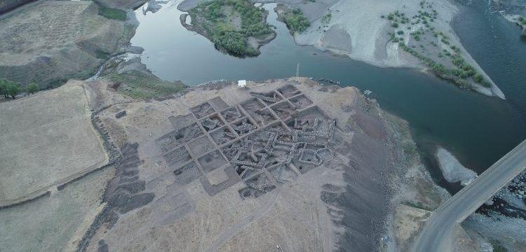 Barajı suları altında kalacak Norik Höyük'te hedef ana kayaya ulaşabilmek
