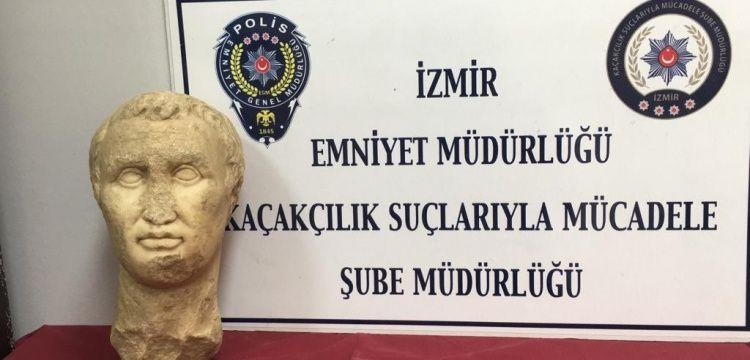 Satılmaya çalışılan Helenistik heykel başı AVM otoparkında yakalandı