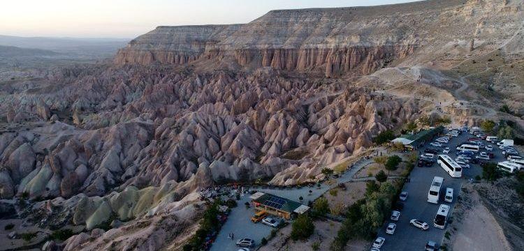 Kapadokya'nın gizemli kaya oyma mimarisi: Zindan Tepesi