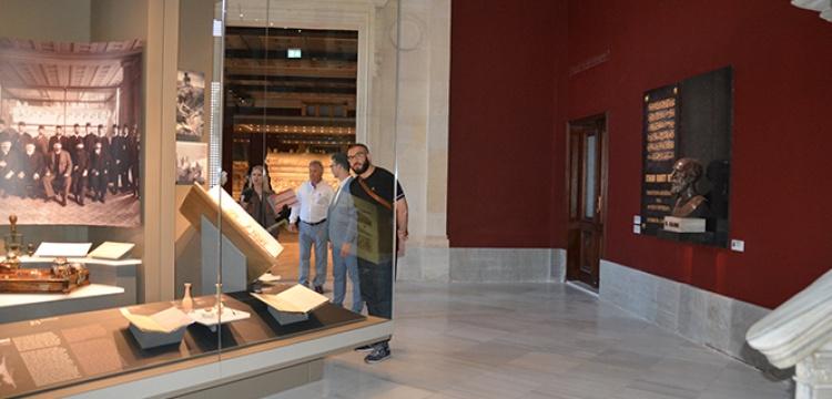 İstanbul Arkeoloji Müzesi'nde tadilattan çıkıp ziyarete açılan bölümlere ilgi yoğun