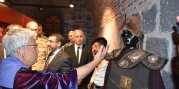 Bir Zamanlar Anadolu Selçuklu sergisi Karsta açıldı