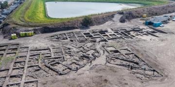 İsrailde yol inşaatı sırasında 5 bin yıllık antik kent ortaya çıktı