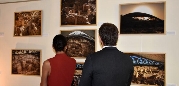 Göbeklitepe Roma'da panel ve fotoğraf sergisi ile tanıtıldı