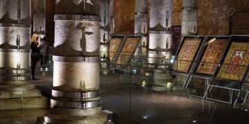 Koleksiyoner Selçuk Mergenin Milas halıları İstanbulda sergileniyor